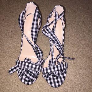 NWOT Gingham Wrap Heels